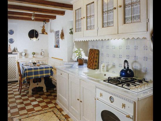 Кухня в деревенском стиле прованса